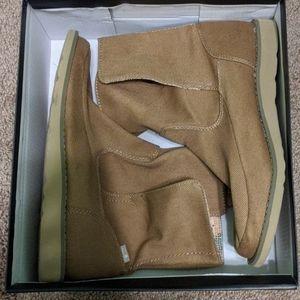 Sanuk Boots women's 7